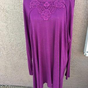 Gloria Vanderbilt  Purple Tunic Top